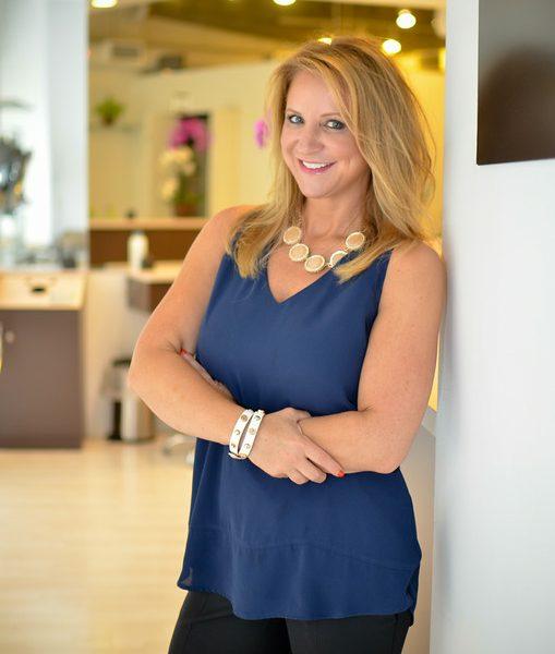 Meet renee pelc of gloss hair salon in gold coast voyage for Renee hair salon
